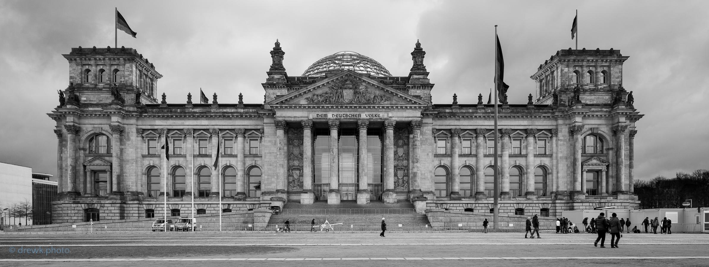 <alt>Reichstag, Berlin</alt><br/>