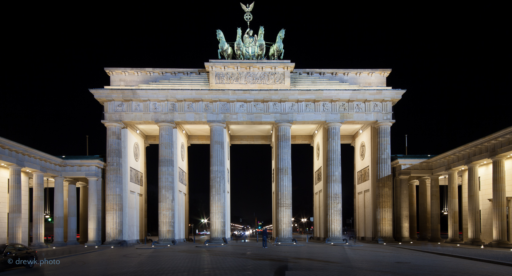 <alt>Brandenburg Gate, Berlin</alt><br/>