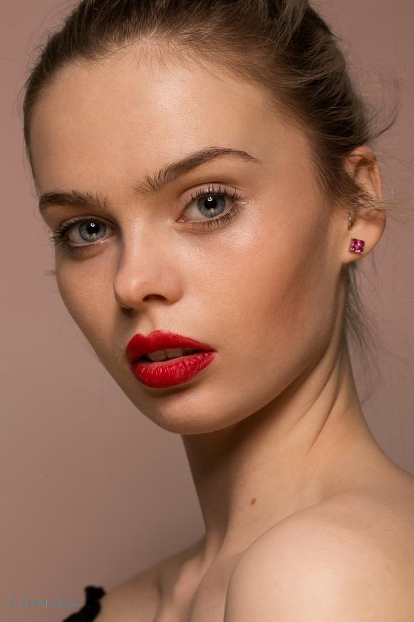 Beauty From a Iulia David workshop<br/> Model : Perera