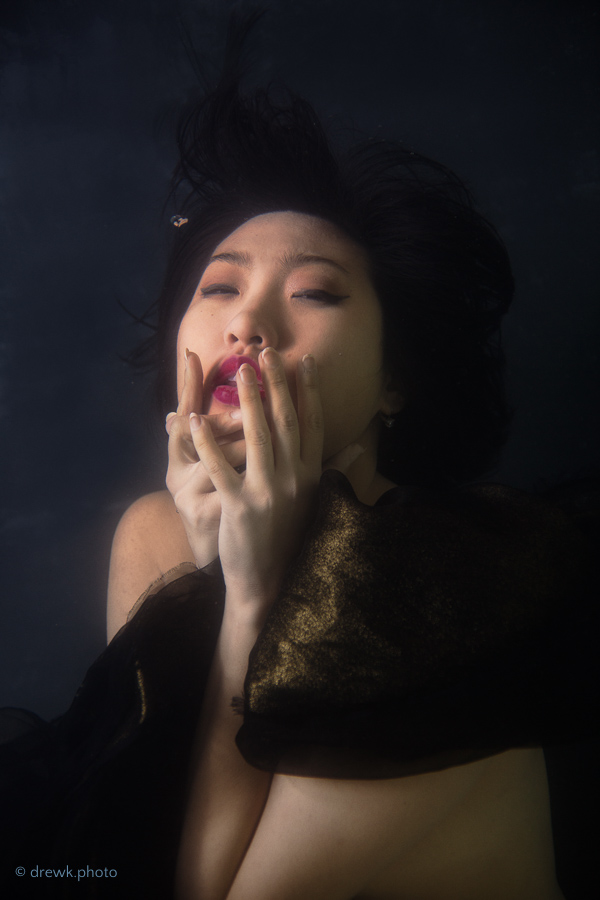 Minh-Ly Model : Minh-Ly<br /> Shot at Catfish Studio